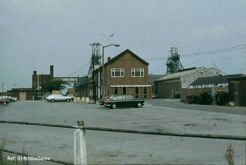 Savile Pit Yard 1982