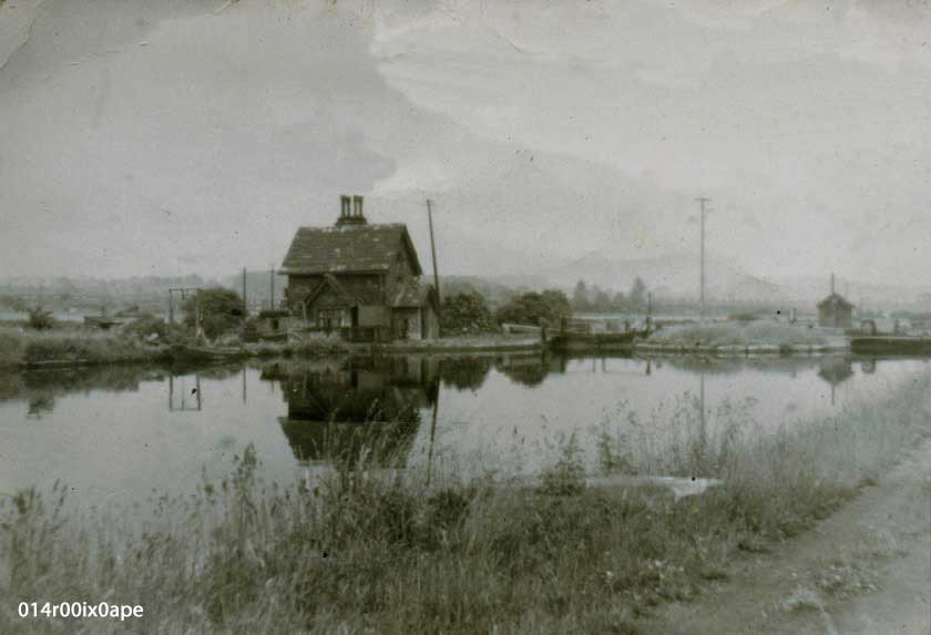 Old Lock Keeper's House, Kippax Locks