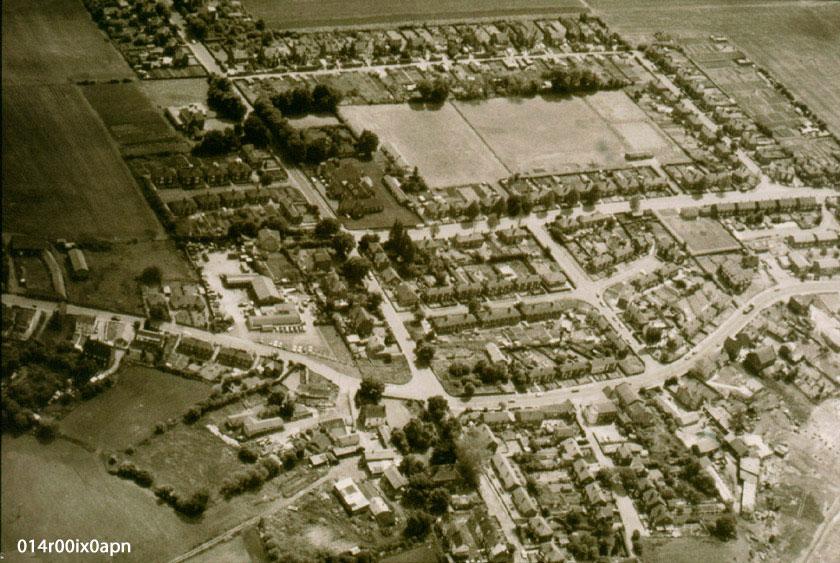 Aerial view of Mickletown 1983.