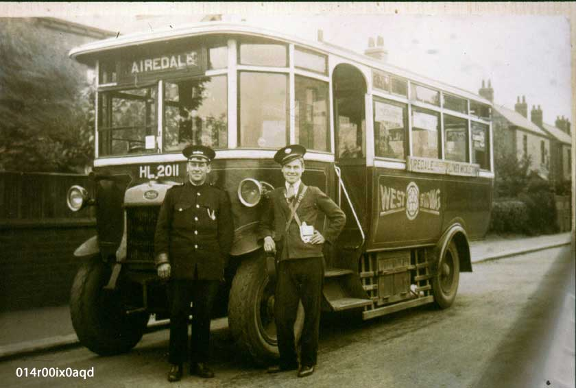 West Riding Bus, early 1920s, on Pinfold Lane