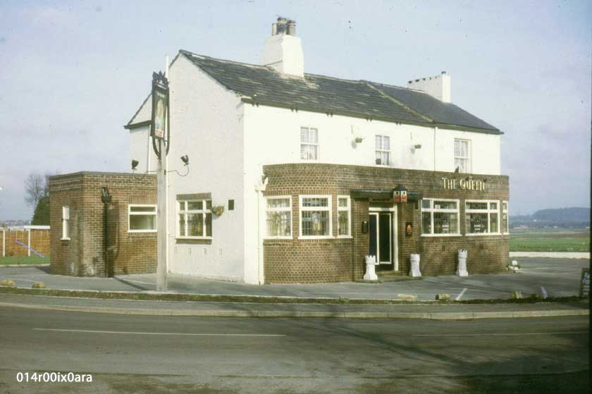 Queen Inn, Lower Mickletown 1984.