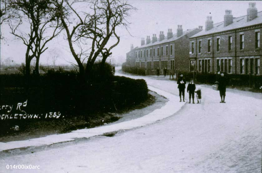Ferry Road, Lower Mickletown 1900.