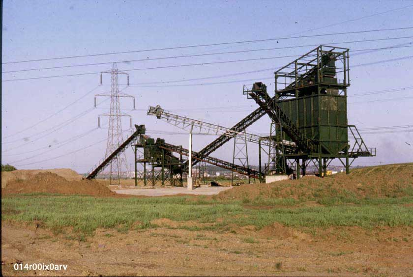 Sand and Gravel Hoppers, Methley Quarry, Green Lane, 1980