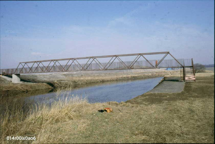 Bridge over River Aire, 1986