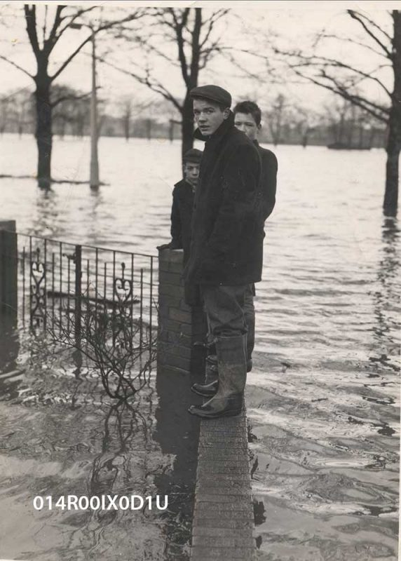 Watergate Flood near the private houses in front of Embleton Estate
